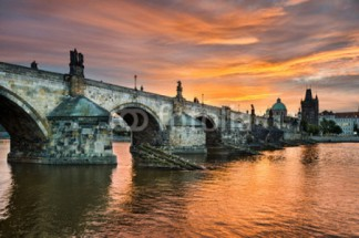 Murales Charles Bridge in Praga